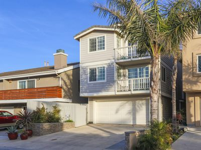 Photo for Beautiful Beach Home, Steps to the Sand! 4 Bd, 4 Bath, Rooftop deck, Guest Apt.
