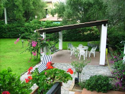 Photo for Elegant villa with private garden at 200 meters from the beach, 5 p. the.