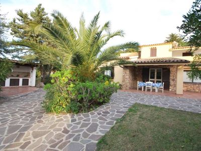 Photo for Villa with large garden, barbecue, outdoor shower, parking space, in Residence