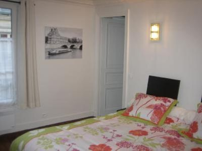 Photo for holidays apartment to rent in the centre of Paris