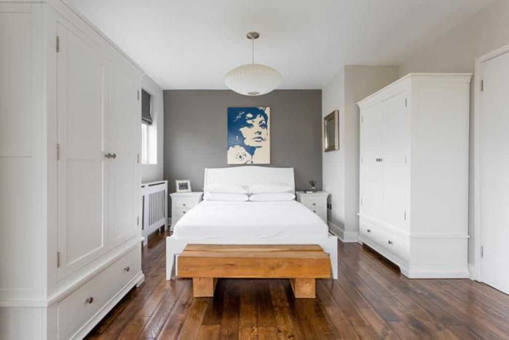 London Home 341, Imagine Renting Your Own 5 Star Private Holiday Home in London, England - Studio Villa, Sleeps 2
