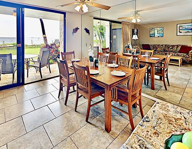 Photo for Tropical ground floor Oasis*Steps away from the Ocean!