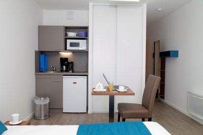 Prepare a small meal in your kitchenette.