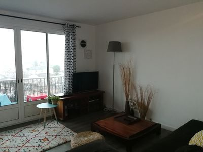 Photo for bright 2 bedroom apartment bègles located 300m from the center and shops