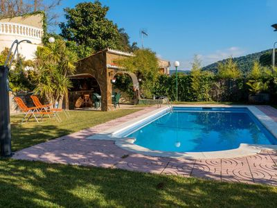 Photo for 5 bedroom Villa, sleeps 10 in Agell with Pool and WiFi