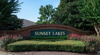 Photo for SUNSET LAKES- 4 Bed/3 Bath private pool home