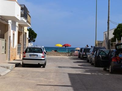 Photo for Close to the beach with courtyard - Apartment Lapillo