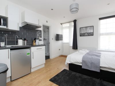 Photo for Apartment Vacation Rental in Wembley, England