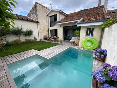 Photo for Lovely house 2 bedrooms with garden and pool in Bordeaux by LOVELYDAYS