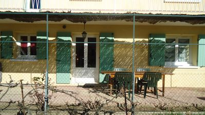 Photo for 1BR Apartment Vacation Rental in Langlade, Occitanie