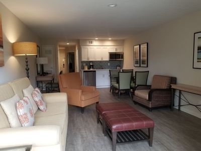 Photo for Beautiful Remodeled 1 Bedroom Seascape Resort!