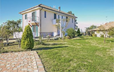 Photo for 4 bedroom accommodation in Carentino