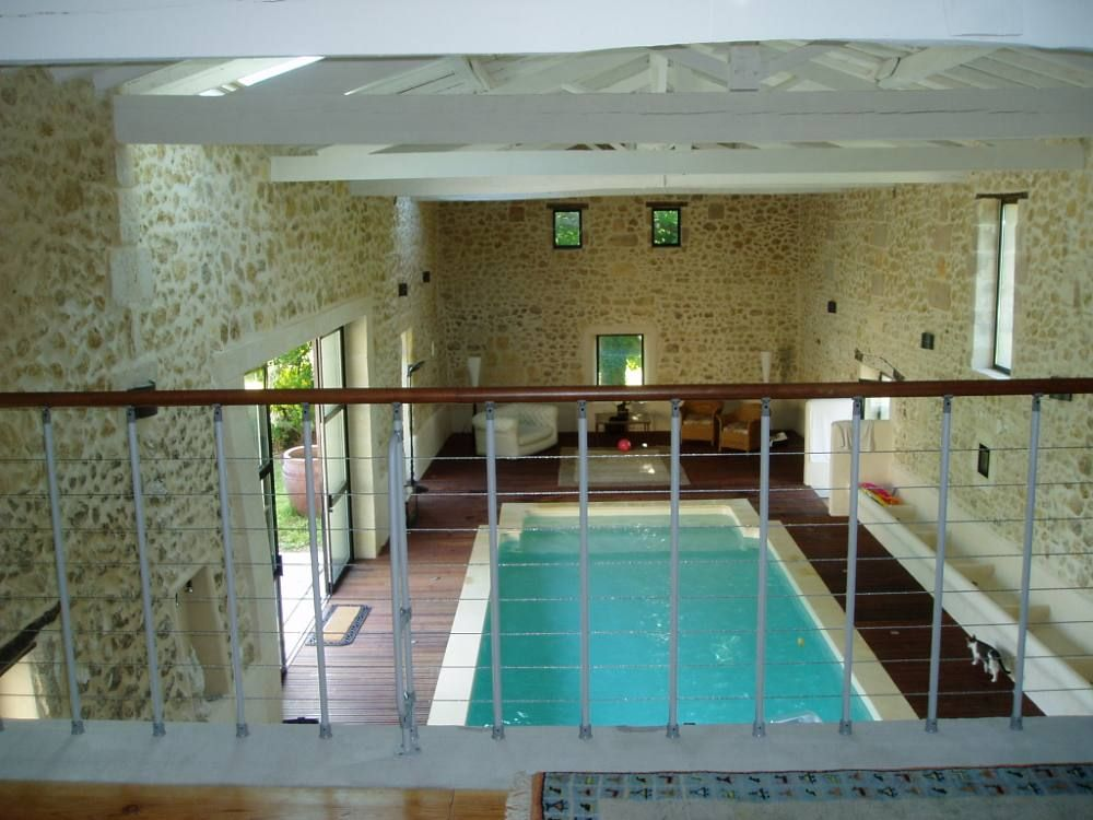 Superb renovated 18th century property homeaway pompignac for Piscine creuse