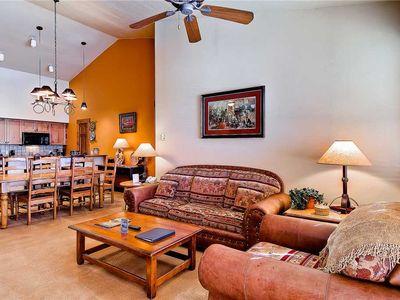 Photo for TL2301 Great Location, Top Floor, beautiful Decor! Winter Specials!