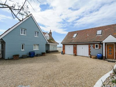 Photo for Beach Front, Swimming Pool, Log fire, Aga, Hot tub & Small boat launch ramp