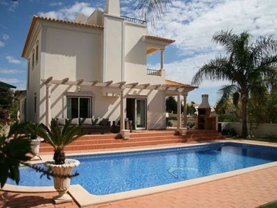 Photo for Luxurious Villa situated in Albufeira with Swimming Pool