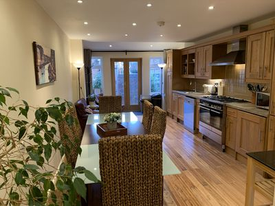 Photo for Spacious Notting Hill townhouse , 3 bdrm, 3.5 bthrm. Sleeps 8-10.