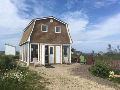 Photo for CHÈRE SHED CHALET, with superb views of the bay of Grande-Entrée