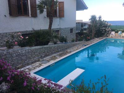 Photo for Open space of 65 sqm with swimming pool 50 meters from the sea