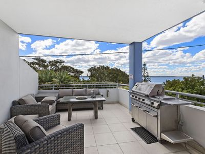 Photo for Luxury Waterfront and Pool View Apartment