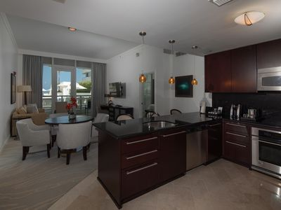 Photo for 1BR @ FONTAINEBLEAU MIAMI - FREE SPA PASSES