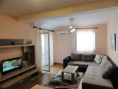 Photo for Two bedroom apartment near the centre