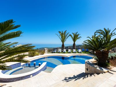 Photo for Located on a hill above Rethymno city with panoramic sea views & full privacy!