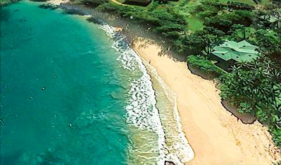 just 10 minutes south of Anini Beach!