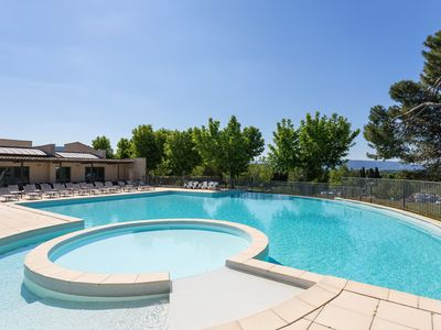 Photo for 2BR Condo Vacation Rental in Saumane-de-Vaucluse