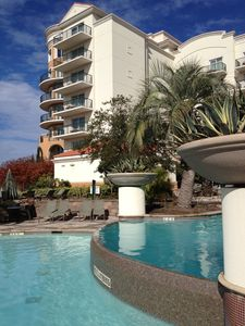 Luxury 2 BR at Grande Dunes Marina/Waterway View Ind/Out Pool, Tennis
