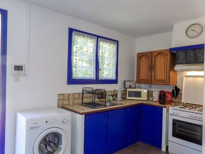 Photo for Nice apartment for 3 guests with WIFI, TV, pets allowed and parking