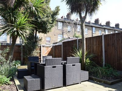 Photo for 2 Bedroom House In Clapham