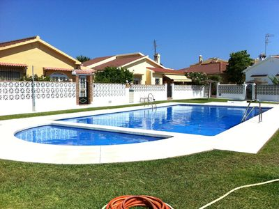 Photo for Detached house with pool, 200m. the beach, restaurants and shops