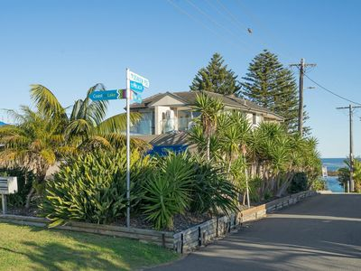 Photo for Ocean Pines, Unit 1 - Blue Bay, NSW