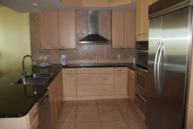 Stay in for an evening and enjoy this beautiful gourmet kitchen