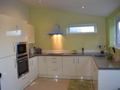 Photo for THE HOME - NR1 WALKING DISTANCE TO NORWICH CATHEDRAL AND FREE PARKING