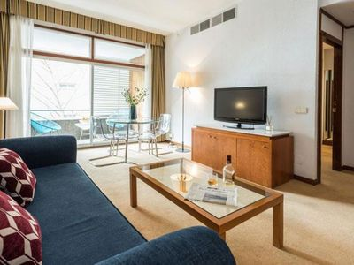 Photo for Spacious Bernabéu Chic I apartment in Pinar de Chamartín with WiFi, air conditioning, balcony & lif…