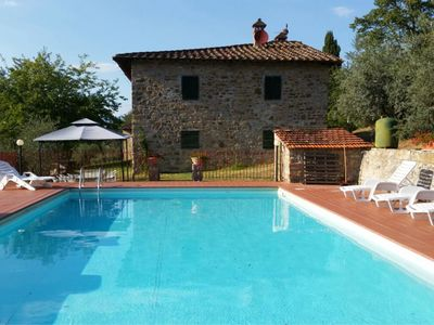 Photo for Typical farmhouse set in the Chianti hills, private pool, Wi-Fi access, equipped gazebo. Not far fro
