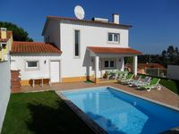 Modern well equiped villa in a great location