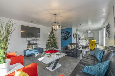 Living Room with 2019 Holiday Decorations