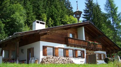 Photo for Chalet am Sonnberg - south-facing terrace, open fireplace and tiled stove