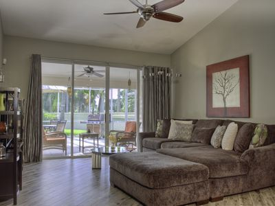 Photo for Beautifully updated villa in Palm Aire near University Town Center! Sarasota 19