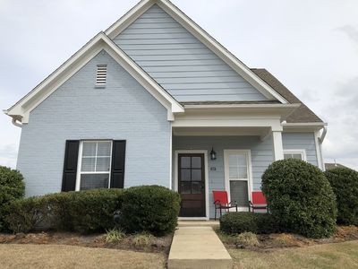 Photo for 107 Saucer Lane, the perfect Game day, graduation, or weekend getaway in Oxford