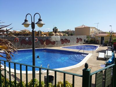 Very nice pool (in winter heated) with a separated childrens-pool