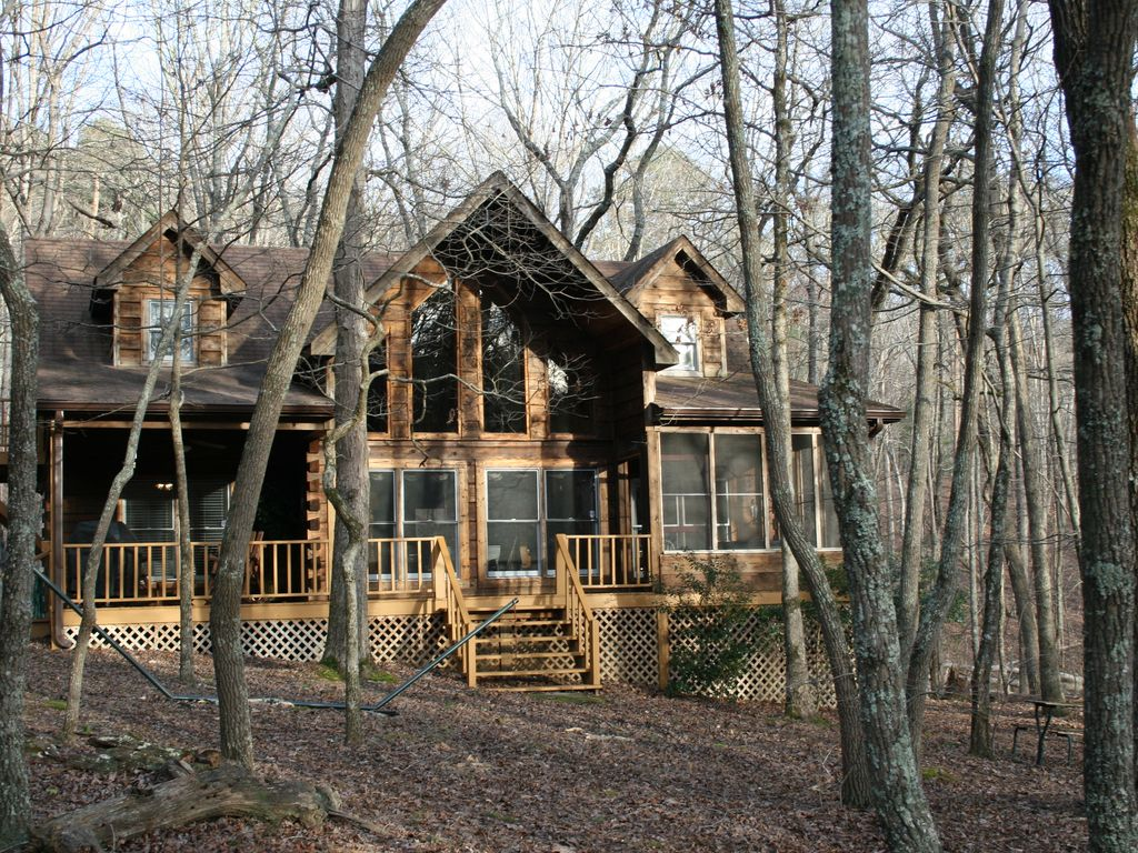 North Ga Mountain Log Cabin Located In Bent Vrbo