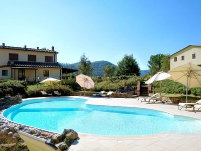 Photo for 1BR Apartment Vacation Rental in Gambassi Terme