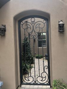A welcoming gated walk-way to the front door.