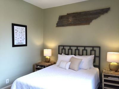 Photo for 12 South Abode Near Belmont University, Shopping, and Great Eating