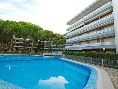 Photo for One bedroom Apartment, sleeps 3 in Lignano Riviera with Pool, Air Con and WiFi