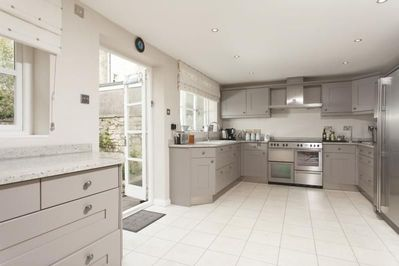 Large kitchen perfect for entertaining